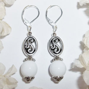 White Glass and Silver Leverback Earring Set 3645